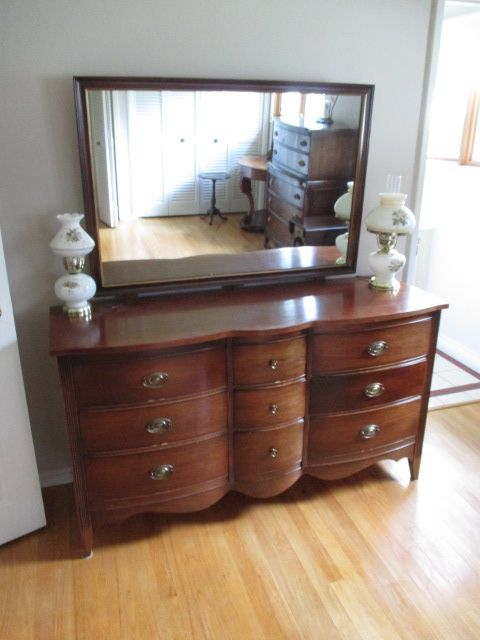 MIRRORED VANITY DRESSSER Estate sale from graceful Bell's Corners home – 70 Ridgefield Crescent, Ottawa ON. Sale will take place SUNDAY, May 24th 2015, from 9am to 2pm. Visit www.sellmystuffcanada.com for full sale description and photos of all available items! #70Ridgefield #SMSO