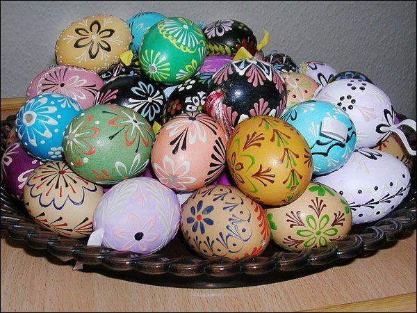 Vajíčka zdobená voskem