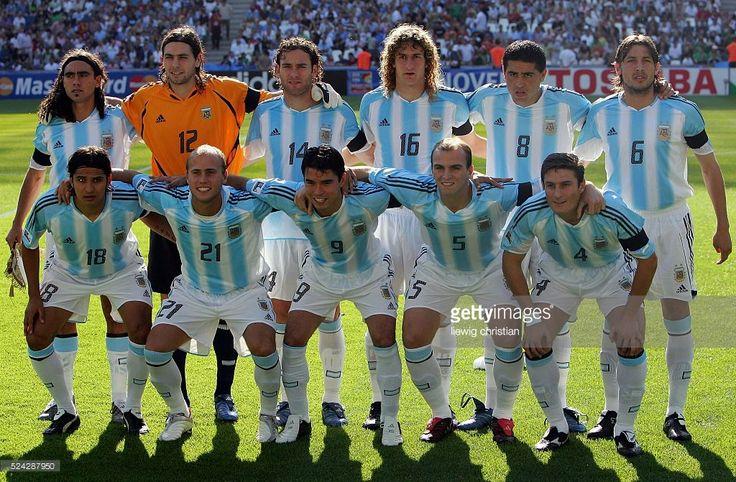 Semi-Finals of the 2005 FIFA Confederations Cup, Mexico vs Argentina. Argentina won after penalties. Argentina team line-up.