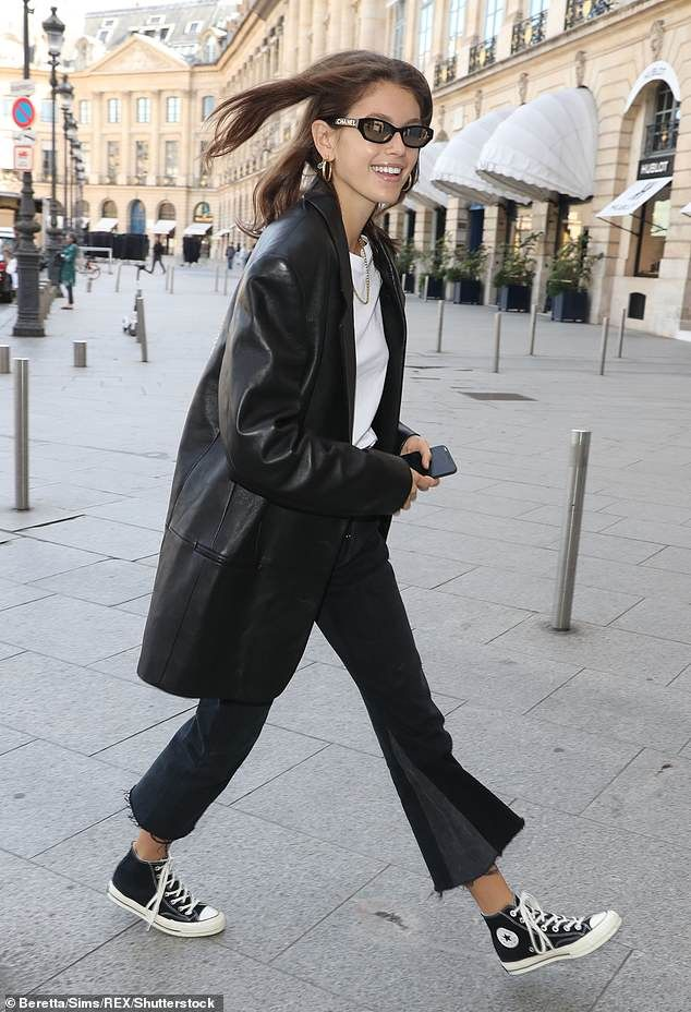 8af6eb7c Kaia Gerber swaps model stare for beaming smile in Paris | Perfect layers |  Fashion, Sneakers street style, Kaia gerber
