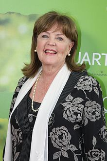 3 September, 1940 ~ Pauline Collins, English actress of stage, television, and film.