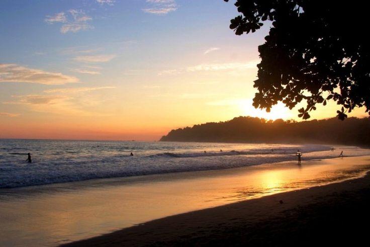 Costa Rica - Sunset - http://www.travelmoodz.com/en/travel-professional/henry-campos