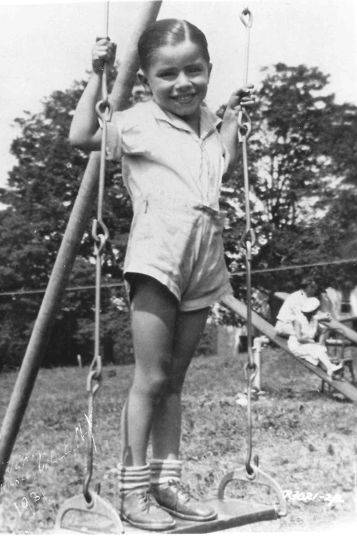 Jerry Lewis - child photo, 1937.