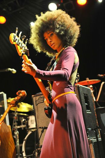 Esperanza Spalding. Jazz Singer. Love her soulful, casual style. eclectic style, long jersey dresses, skinny belts, afro hairstyles, natural beauty.