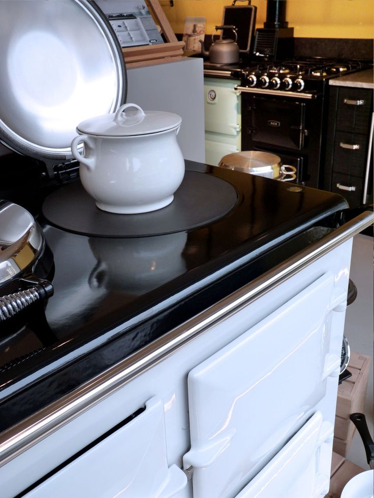 17 best images about fourneaux pianos de cuisson cuisini res on pinterest plan de travail. Black Bedroom Furniture Sets. Home Design Ideas