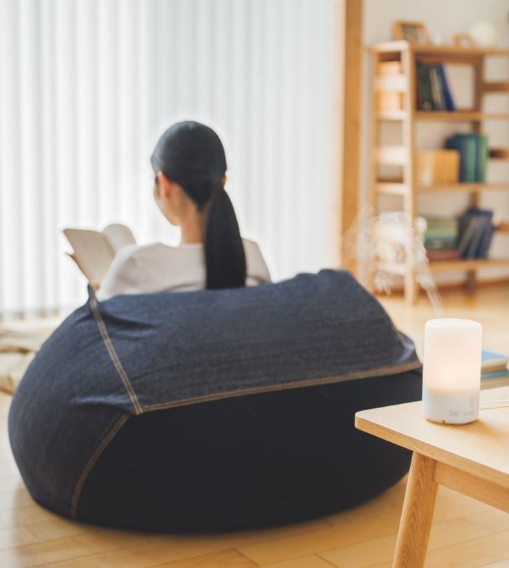 MUJI Provides A Space For Relaxation In Its Stores Around The GlobeTake Rest With An Aroma Diffuser And Sofa That Fits Your Body Perfectly