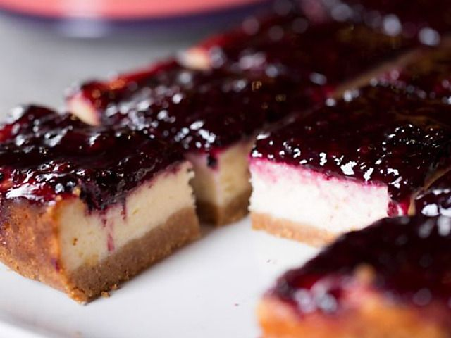 Blackberry Cheesecake Squares Recipe : Ree Drummond : Food Network