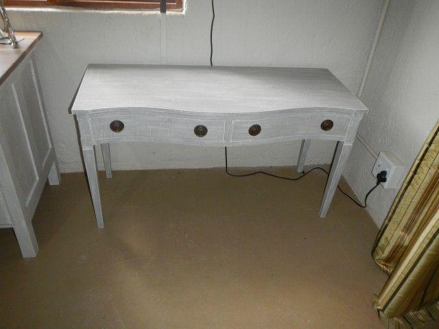 Vintage  Techniqued Mahogany Low sideboard/server R2600