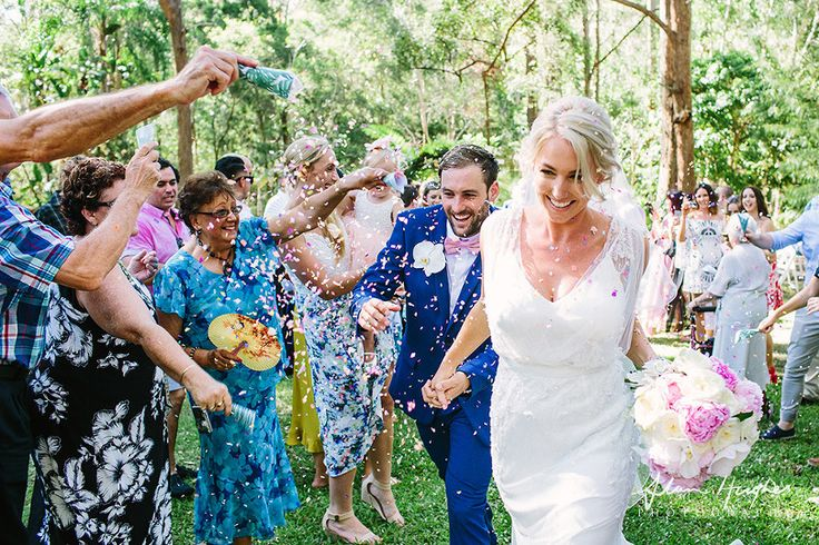 confetti wedding ceremony Doonan Noosa photography