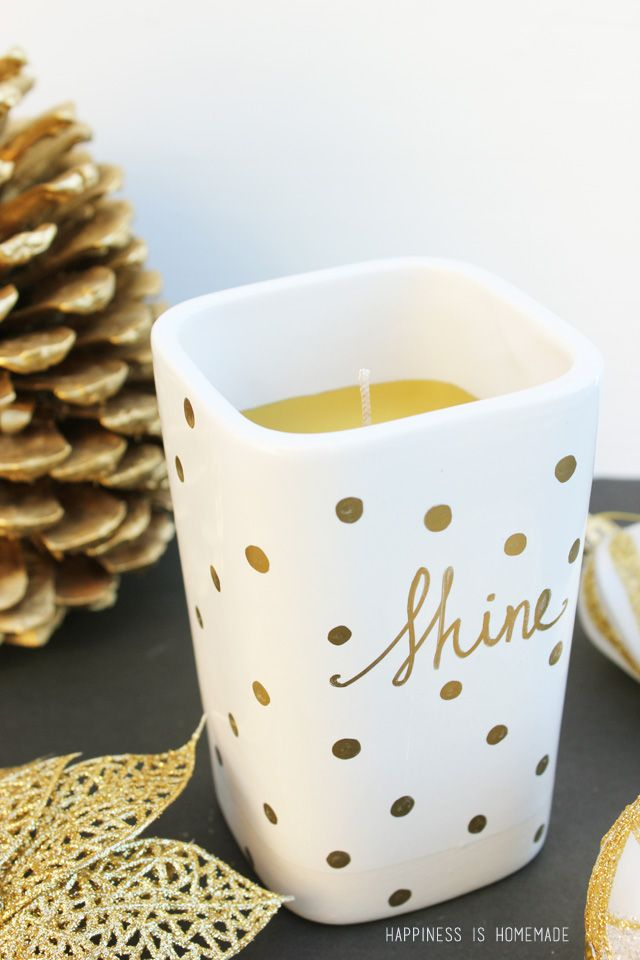 15-Minute Gift Idea: Easy DIY Sharpie Decorated Candle - Happiness is Homemade: Diy Gold, Gifts Ideas, Gift Ideas, Holidays Gifts, Happy Is, Great Ideas, Sharpie Candles, Easy Diy, Gold Sharpie