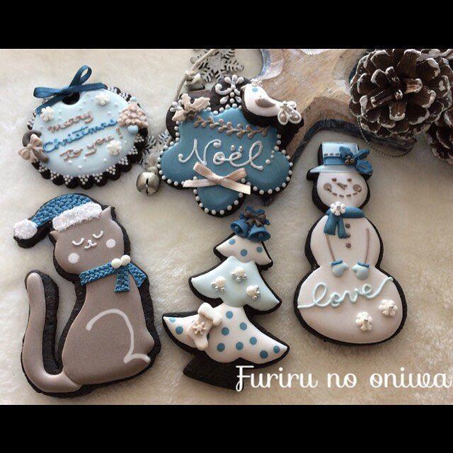 "181 Likes, 12 Comments - フリルのお庭〜FRILL'S GARDEN〜 (@furiru_no_oniwa) on Instagram: ""今年もクリスマスのアイシングクッキーを作りました♡今年はブルーの濃淡&ベージュの濃淡の4色を使い、自作のねこも一緒に(*^^*)#icingcookies #icingcookie #icing…"""
