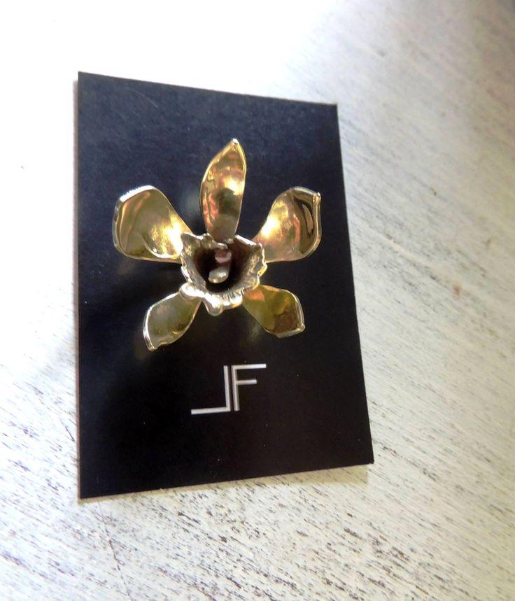 Dije Orquídea, calado a mano, hand-made https://www.facebook.com/LeFeu