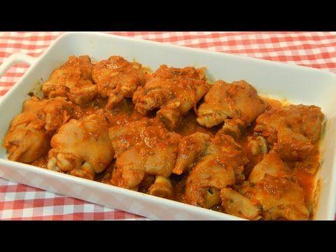 Receta de manitas de cerdo en salsa de tomate - YouTube