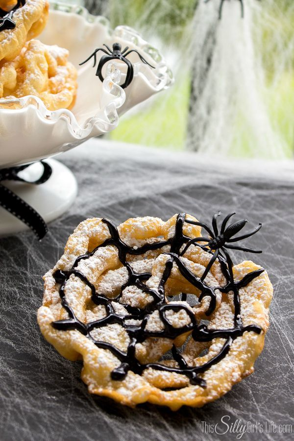 Crispy Spider Webs {Mini Funnel Cakes} perfect for a Halloween party.