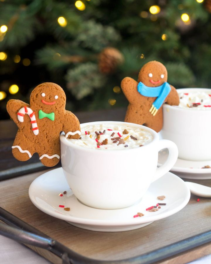 Pour-Over Gingerbread Coffee   Recipe   Coffee flavor, Christmas sweet recipes, Gingerbread