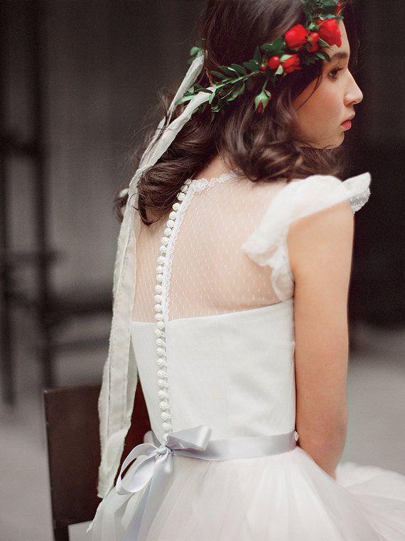 He encontrado este interesante anuncio de Etsy en https://www.etsy.com/es/listing/225294946/miroslava-pink-tulle-wedding-dress