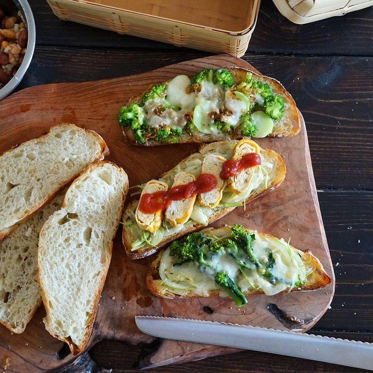 今人気の、卵焼きを作ってそれをそのままサンドした「卵焼きサンド」。ふわふわでもっちりのたまごをはさんだこちらのサンドは朝ごはんやランチにぴったりです!今回はそのレシピと、お家ではつくれない絶品の「卵焼きサンド」を味わえるお店をご紹介します。