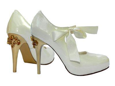 MarF Zapatos - Colección Novias _ Modelo Miasurina - cuero blanco y tiza