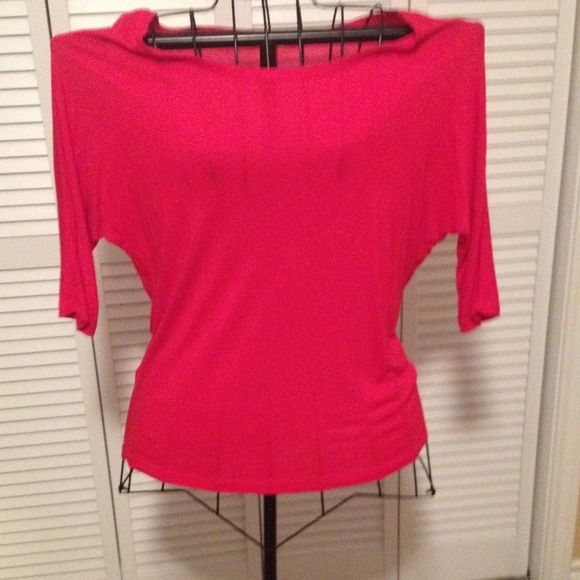 Never Worn 3/4 Red Slouchy Top Bought and never wore. Cut out tag and could return. Size small. Tops Blouses