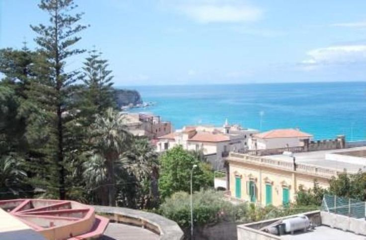 Tropea two-bedroom apartments, Tropea, Calabria. Italian holiday homes and investment property for sale.