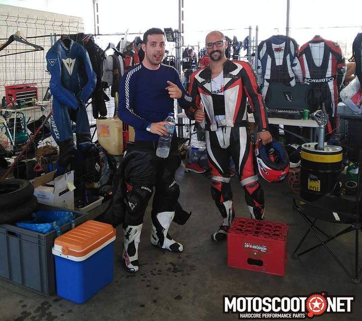 Todas las fotos motoscoot del evento de #vespas #vtr24h las encontraras en Facebook #Motoscoot. Te esperamos #vespaclassic #vespagram #vespa  #49cc #125cc #150cc #haribo #malossi #160cc #competicion by motoscoot_official