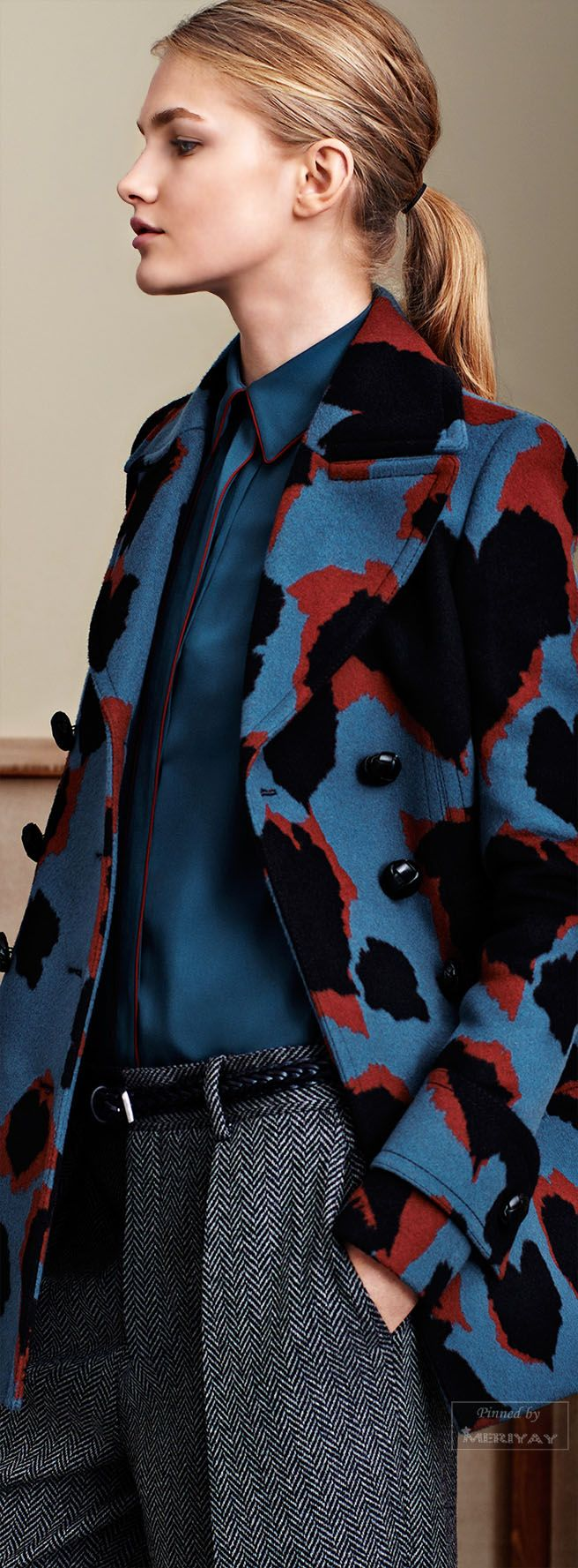 Gucci Pre-Fall 2015 - those are some gorgeous, lush colors in that coat.