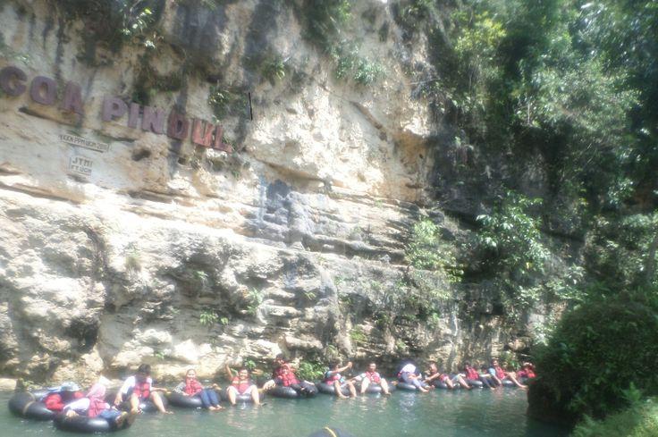Pesona Gua Pindul - Gunung Kidul. sebuah perpaduan antara wisata, andrenalin dan six sence.test