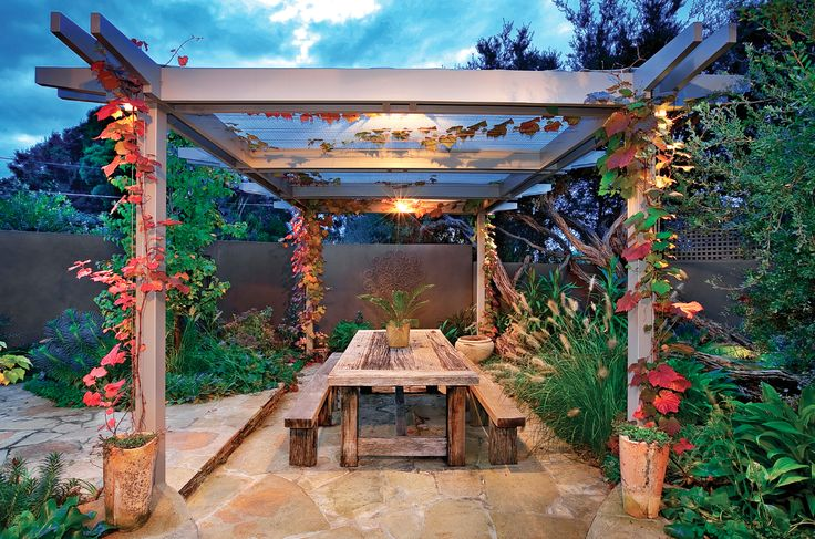 Outdoor pergola, garden design,  Constructed by Classic Projects