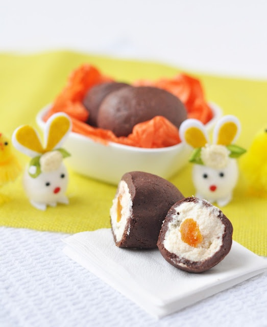 Yet another veganized, healthy-fied version of the Cadburys Creme Egg. This one's yolky little secret: apricot.