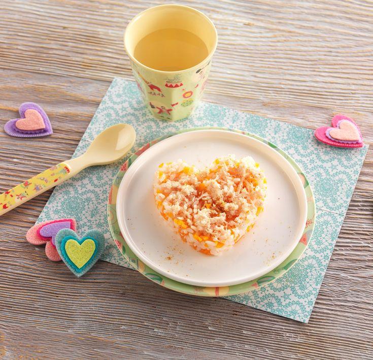 """Une recette pour dire """"Je t'aime"""" à Bébé le jour de la Saint-Valentin! Curry de poulet, riz et carottes pour bébé dès 18 mois. Bébé découvre les épices! #recettebébé #glutenfree #curry #saintvalentin"""
