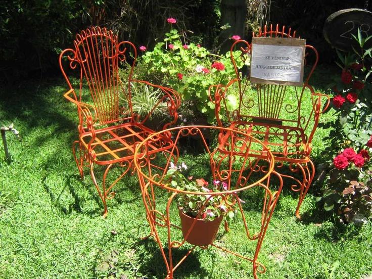 Mesas de jardin de hierro usadas balcon pinterest for Mesas de jardin de hierro