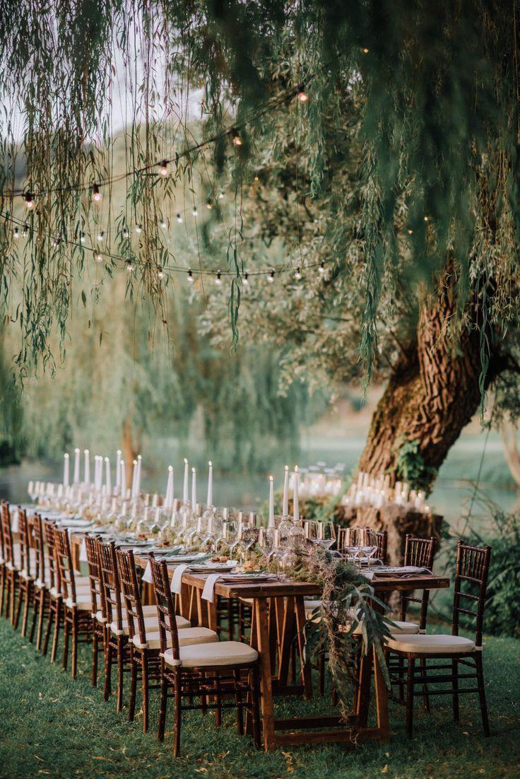 Ich liebe den langen Tisch und all die Kerzen   – Wedding board