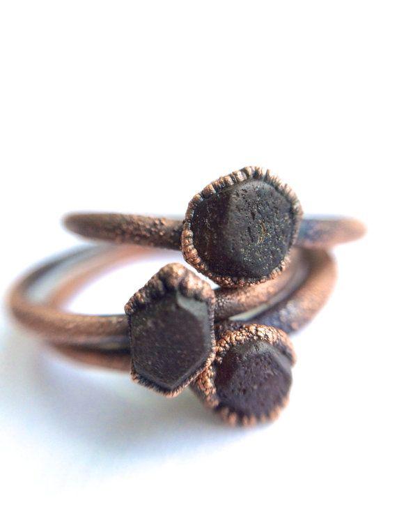 Rohe Granatring  Tiefes Rot-Granat-Ring  Granatring von HAWKHOUSE