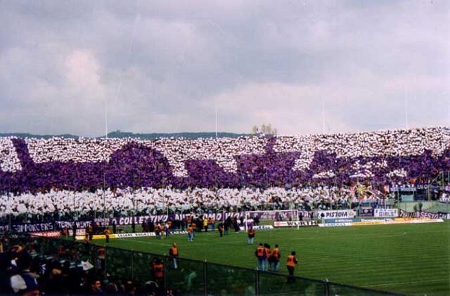 In un calcio sempre più globale, support your local football team!