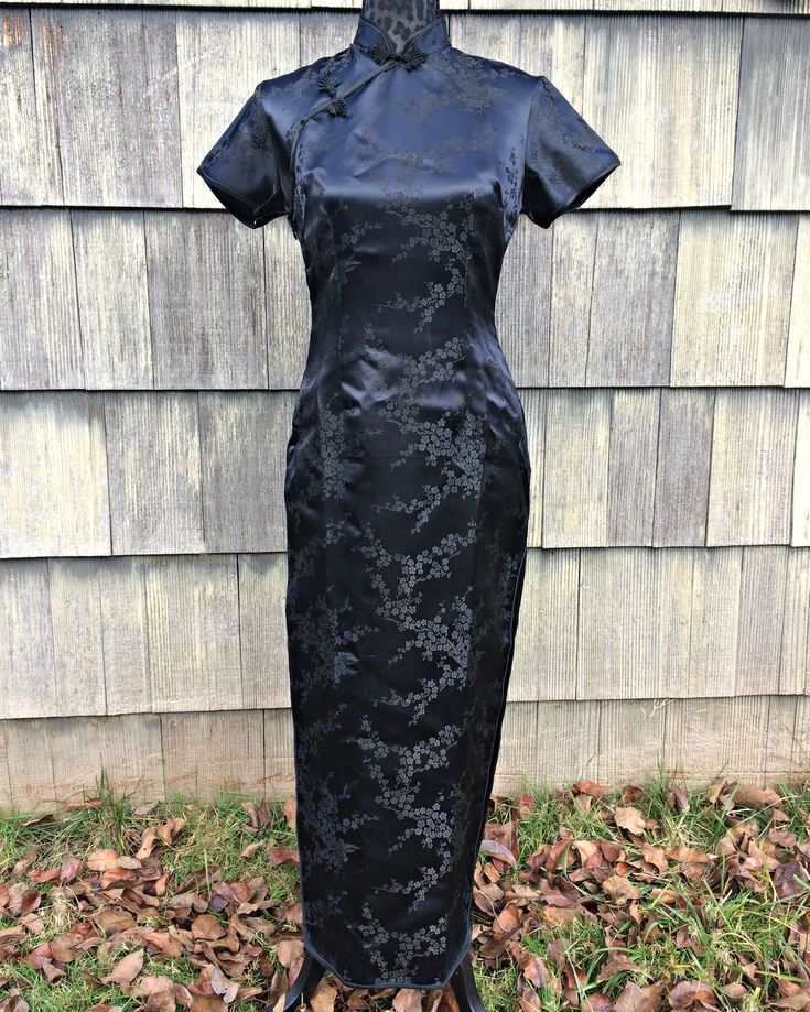 Black Japanese Satin Geisha Dress / Black Oriental Satin Geisha Dress / Black Oriental Cosplay Dress / Geisha Costume Dress - Size Medium
