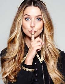 Zoe Sugg Age, Height, Weight, Bra Size, Measurements