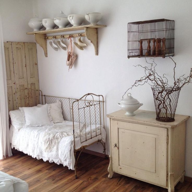 Amazing Shabby chic bedroom in white See more ❤️ Top Design - Modern Cottage Style Bedroom Furniture Awesome