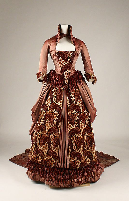 I'm in love with this gown. ate: ca. 1879 Culture: American Medium: [no medium available] Dimensions: [no dimensions available] Credit Line: Gift of Mrs. Lyall Dean, Mrs. Borden Helmer, and the Estate of Bliss Reed Crocker, in memory of Mrs. William Reed Thompson and Mrs. Edward Reed Bliss, 1965 Accession Number: C.I.65.22.2a, b