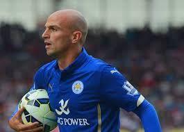 estebanWalaupun baru semusim bermain di Liga Inggris bersama dengan Leicester City, Esteban Cambiasso mengaku senang dan dirinya kemungkinan besar akan tetap bertahan.