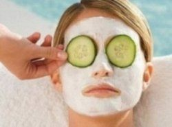 Masks that you can make yourself with food from the kitchen, for example, banana, honey, lemon juice, olive oil, buttermilk, oatmeal, avocado,...Hair Beautiful, Health Beautiful, Homemade Face Masks, Olive Oils, Facials Masks, Skin Types, Diy Facials, Homemade Masks, Homemade Facials