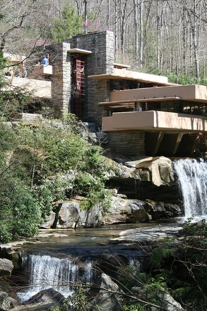 25 best ideas about falling water house on pinterest falling water frank lloyd wright. Black Bedroom Furniture Sets. Home Design Ideas