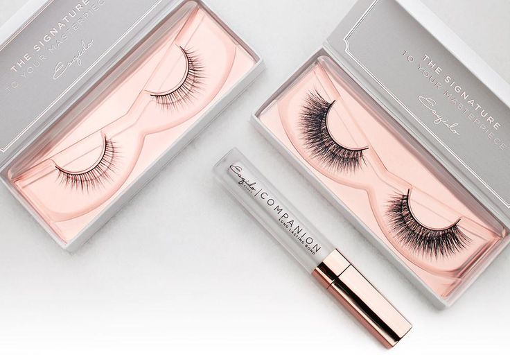 Say goodbye to clumpy mascara! Achieve the illusion of bigger eyes with this flared out and wispy lower lash to add some definition to your lower lash line.
