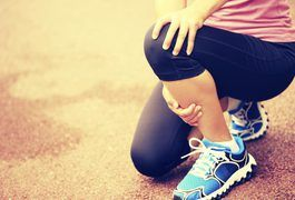 Knee injuries range in severity and they can be either chronic or acute. Being overweight or obese is actually a risk factor for arthritis, which often afflicts the knees. Even with a knee injury, the approach for weight loss is still the same. You need to make alterations to your diet and follow an exercise program. The difference is that you have...