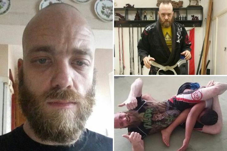Wrestler who put girlfriend in thumb locks and choke holds slapped with five-year restraining order http://ift.tt/2qGxCIH