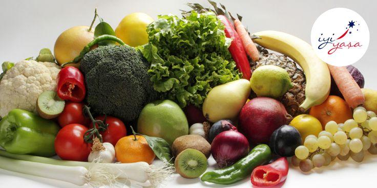 Soğuk algınlığı olan çocuklara yapılacak C vitamini desteğinin, hastalık süresini azaltabileceği düşünülmektedir. C vitamininden zengin besinler; kuşburnu, yeşilbiber, turunçgiller ve diğer sebze ve meyvelerdir.