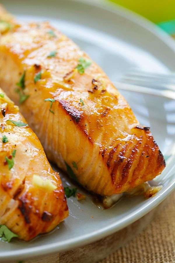 Honey Mustard Baked Salmon - moist, juicy and best baked salmon ever with honey mustard. Takes 10 mins active time and dinner is ready! | rasamalaysia.com