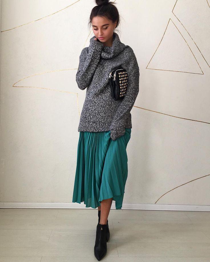 104 отметок «Нравится», 3 комментариев — Patrizia Pepe (@patriziapepe_vl) в Instagram: «Look of the day✔️#patriziapepe #patriziapepe_vl #ilovepatriziapepe #style #shopping #мода #красота…»