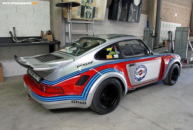 You know it! #porschemotorsport #935 #martini #endurance #mezger #aircooled #classic #oldtimers #rennsport #gofasterstripes  Supercar France