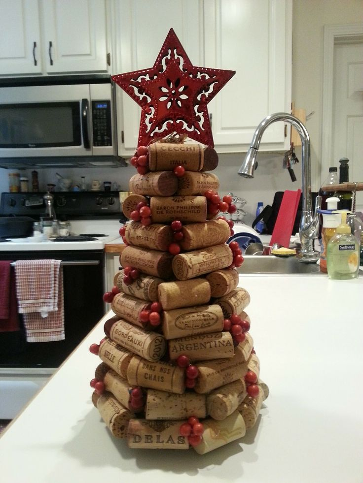 Wine cork Christmas tree #winecorkcrafts