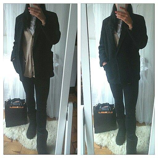 Oversize coat, black coat, ugg shoes, ugg boots, black outfit
